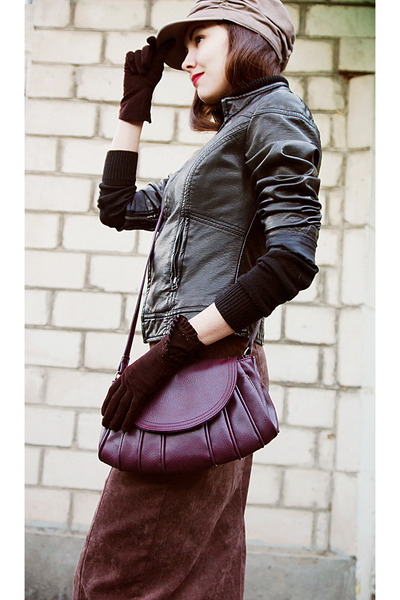 black leather Orsay jacket - tan c&a hat - magenta leather collins bag