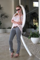 Tamnun pants - Zara shoes - Zara t-shirt - Ralph Lauren sunglasses