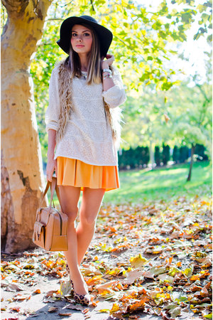 dark brown H&M pumps - dark brown suiteblanco hat - light orange Hermes bag
