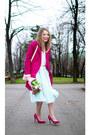 Hot-pink-romwecom-coat-cream-vintage-sweater