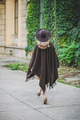 Tan-zara-dress-dark-brown-blanco-hat-dark-brown-h-m-pumps