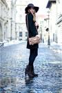 Dark-brown-tino-gonzález-boots-black-lefties-dress-beige-stradivarius-coat