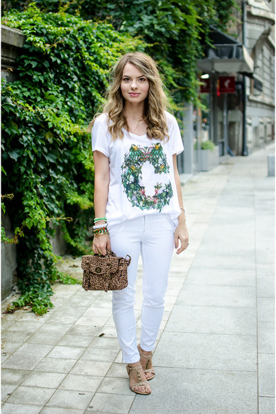 white Stradivarius pants - brown suiteblanco bag - white H&M t-shirt