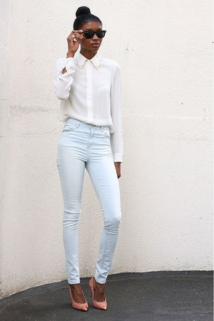 white shirt - light blue jeans