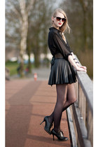 black shoes - black shirt - dark gray skirt