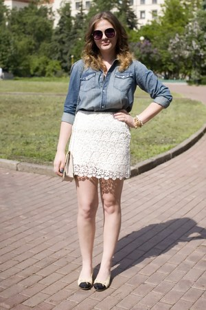 white lace Zara skirt - cream Chanel flats
