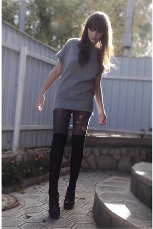 silver Zara sweater