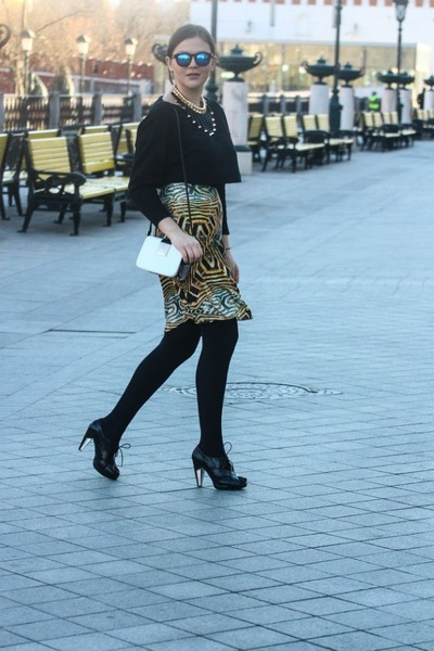 gold kira plastinina skirt - black H&M top
