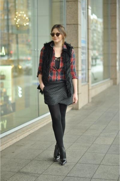 brick red tartan Zara shirt
