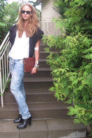 H&M jeans - Zara blouse - vintage purse