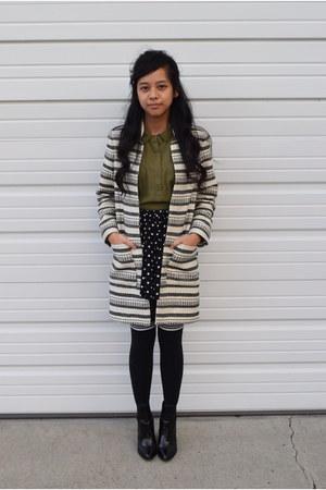 black over the knee Forever 21 socks - cream H&M coat