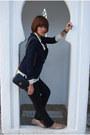 Navy-vintage-blazer-beige-vintage-blouse-black-massimo-dutti-jeans-silver-