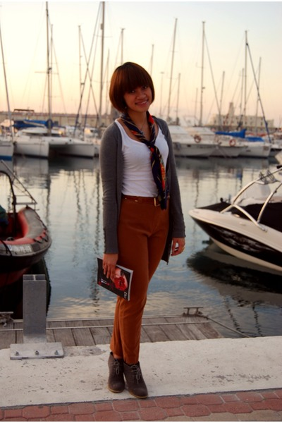 white Lefties shirt - gray cardigan - blue scarf - brown el corte ingles pants -
