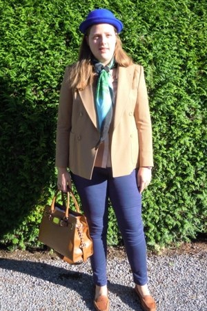 tan Dries Van Noten blazer - chartreuse versace x h&m scarf