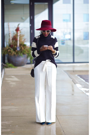 Patricia Underwood hat - Halston Heritage sweater - Chanel bag