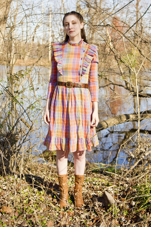 vintage dress - modcloth boots - delias belt