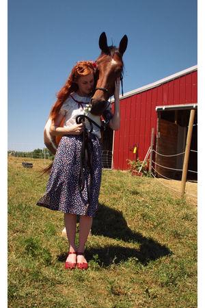 httpetsycomshopbloomingleopold blouse - httpetsycomshopmstips skirt
