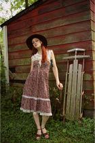 vintage 70s dress - Union Bay shoes - evil walmart hat - throbackvintage on etsy