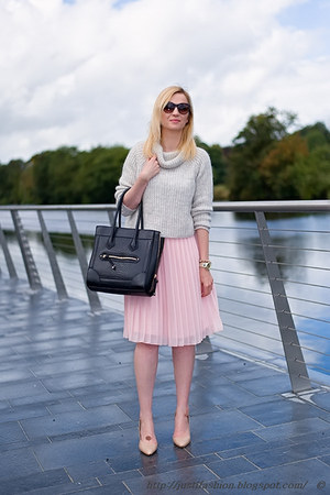 light pink Primark skirt - silver Zara sweater - black Aldo bag