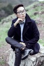 Navy-peacoat-gap-jacket-dark-gray-diy-bowtie-accessories
