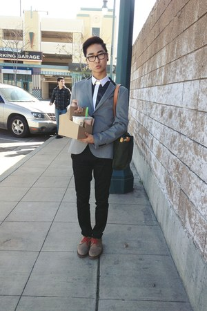 heather gray H&amp;M blazer - camel 1901 shoes - olive green Filson bag