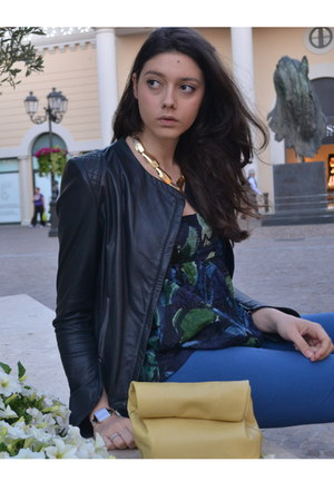 light yellow Jil Sander bag - navy mauro grifoni jacket - blue Gucci panties