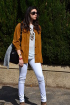 tawny vintage shirt - camel sam edelman boots - white pants