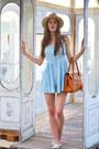 Sky-blue-romwecom-dress-beige-h-m-hat-bronze-romwecom-bag
