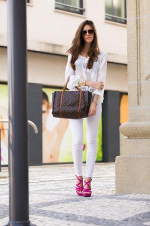 white denim citizens of humanity jeans - gold Dolce&Gabbana sunglasses