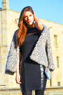 Silver-faux-fur-primark-coat-sky-blue-guess-bag