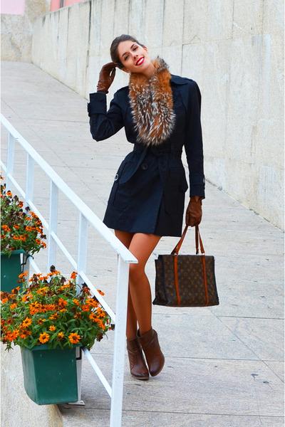 black Zara coat - bronze vintage scarf - brown Louis Vuitton bag