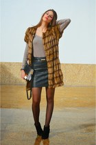 tan Mango sweater - light brown faux fur Zara vest - black H&M skirt