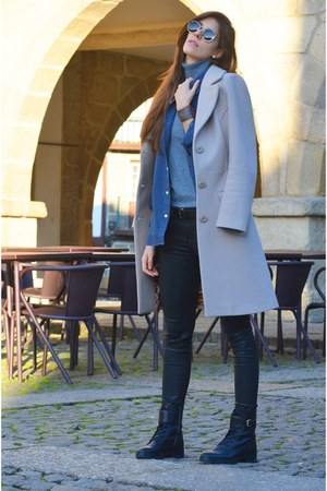 sky blue J Lisbon shirt - black Zara pants