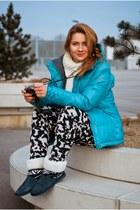 navy Roxy boots - turquoise blue Roxy jacket - cream Zara blazer