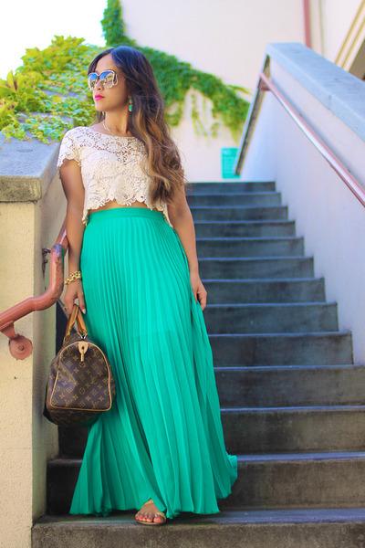 Bebe Skirts Speedy Louis Vuitton Bags Aviators Roberto