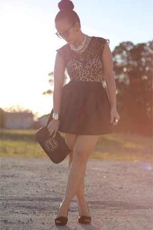 tory burch purse - leopard corset Victorias Secret bra - lace top H&M top