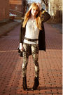 Black-deena-ozzy-boots-urban-outfitters-leggings-forever-21-belt-vintage