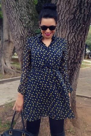 black boots - navy hearts dress Zara dress