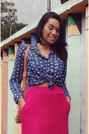 blue polka dots shirt - nude bag - hot pink long pink skirt skirt