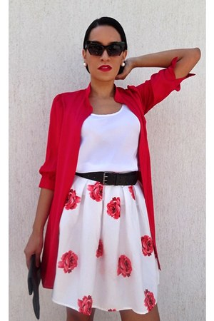 black black clutch purse - ruby red kimono coat