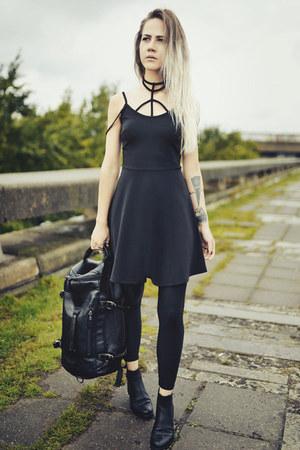 black strappy skater Rosewholesale dress - black huge backpack Rosewholesale bag