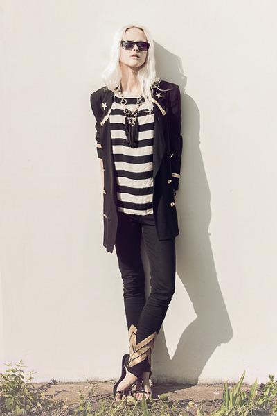 vintage blazer - black Zara sandals