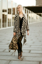 aztec print Boohoo cardigan - black bodycon romwe dress - black romwe leggings