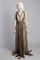 dark khaki Krete & Kätrin Beljaev dress