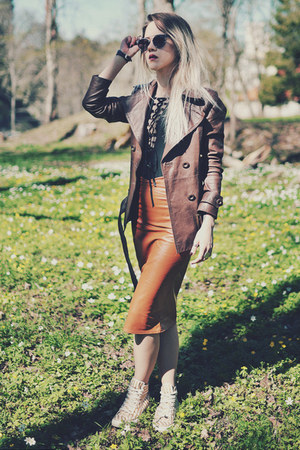 tawny CNdirect skirt - light brown clockhouse jacket