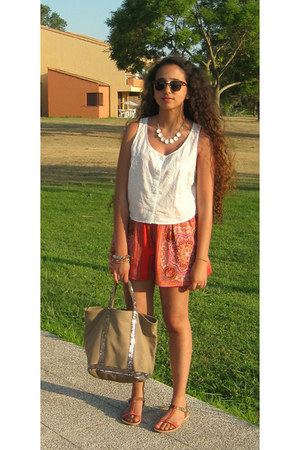 H&M top - VANESSA BRUNO bag - Naf Naf shorts - Aldo sandals