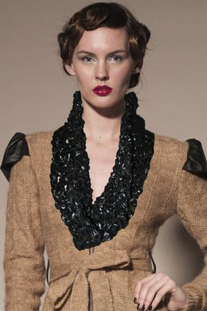 Kahri by KahriAnne Kerr scarf