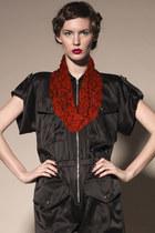 Kahri-by-kahrianne-kerr-scarf