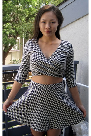 Forever 21 skirt - houndstooth set Forever 21 top