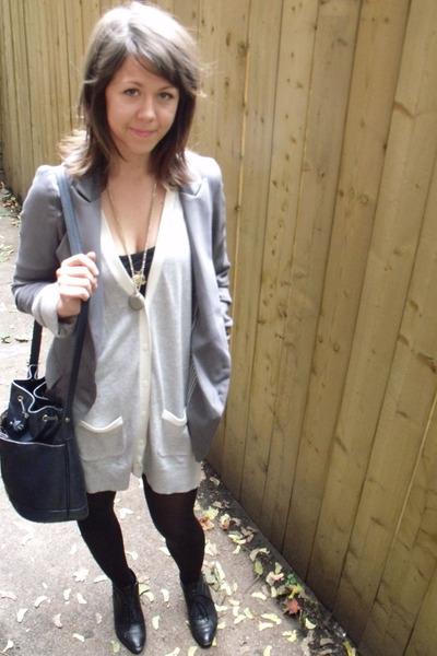 gray cardigan the gap sweater - black Garage Sale shoes - gray Sarah blazer